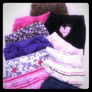 11 pairs of infant pants/leggings
